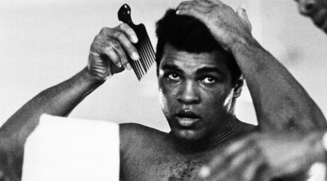 Seorang entertainer sejati dan legenda dalam dunia tinju, pada 30 Oktober 1974 Muhammad Ali menang KO atas George Foreman pada laga