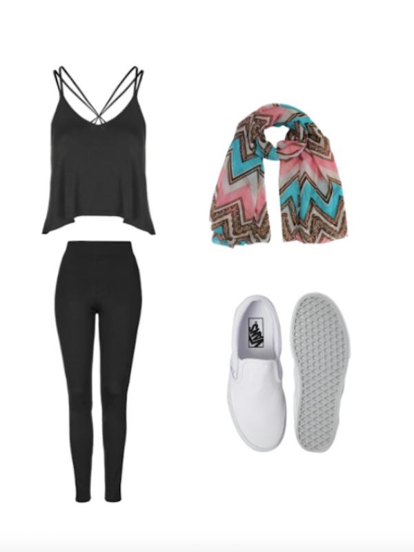 5 Pakaian yang Cocok Bagi Anda Si Payudara Kecil. Sumber : elitedaily.com