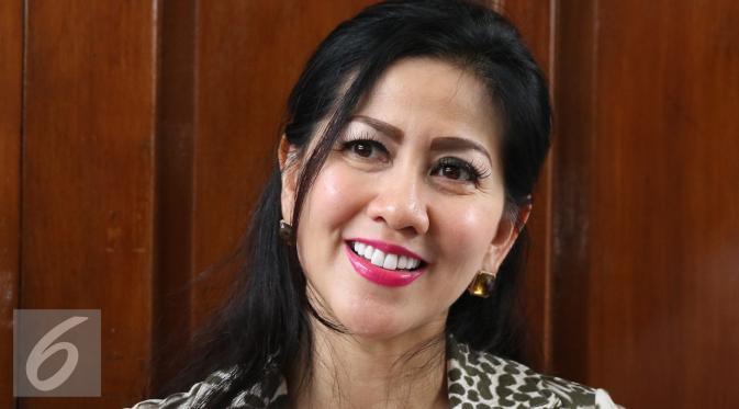 Venna Melinda menjalani sidang harta gono-gini dengan Ivan Fadilla di Pengadilan Negeri Jakarta Selatan. [Foto: Herman Zakharia/Liputan6.com]