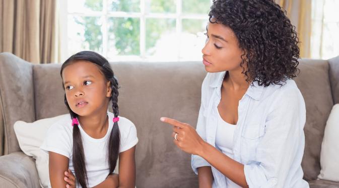 Jangan Siksa Mental Anak Anda dengan 17 Kalimat Ini. (Foto: media3.s-nbcnews.com)