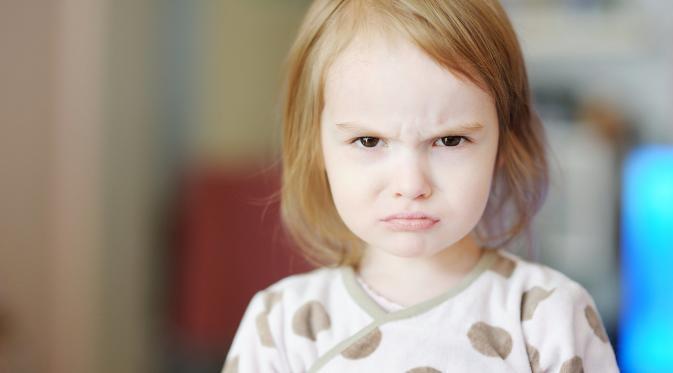 Jangan Siksa Mental Anak Anda dengan 17 Kalimat Ini. (Foto: media3.popsugar-assets.com)
