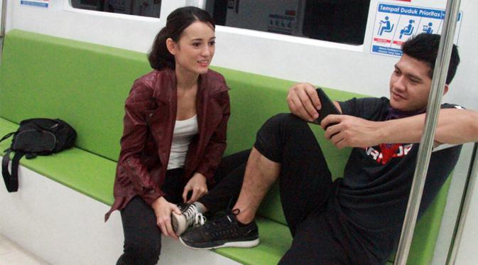Iko Uwais dan Julie Estelle akan bermain dalam film action terbaru berjudul Tribe Shorties (Liputan6.com/Hernowo Anggie)