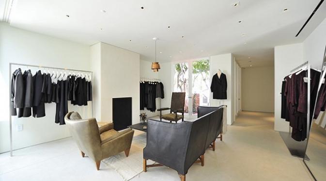 Toko fisik The Row Collection milik Mary-Kate dan Ashley Olsen  di New York (sumber. Tripadvisor)