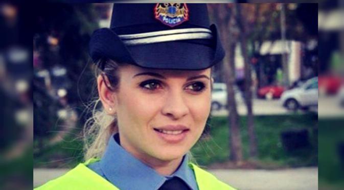Anisa Zani, polwan cantik asal Albania. (sumber:Mirror)