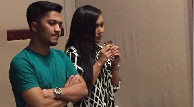 Denada dan Ihsan Tarore jalin hubungan spesial? [foto: instagram/ihsantarore]