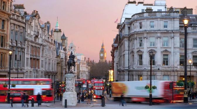 Rute Bus No 11, London, Britania Raya. (Brendan Kearns/ EyeEm/Getty Images)