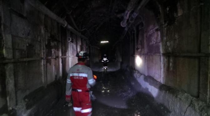 Meski berada di bawah tanah, di UBPE Pongkor ini sudah dilengkapi dengan listrik dan blower