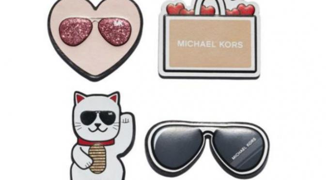 Stiker eksklusif Michael Kors untuk merayakan setahun flagship store di Jepang