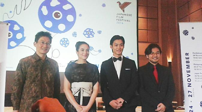 (Kanan ke kiri) Tsukamoto Norihira, Chelsea Islan, Shuhei Nomura, Norihiro Koizumi dalam jumpa pers Japanese Film Festival 2016 (Liputan6.com/Citra Dewi)