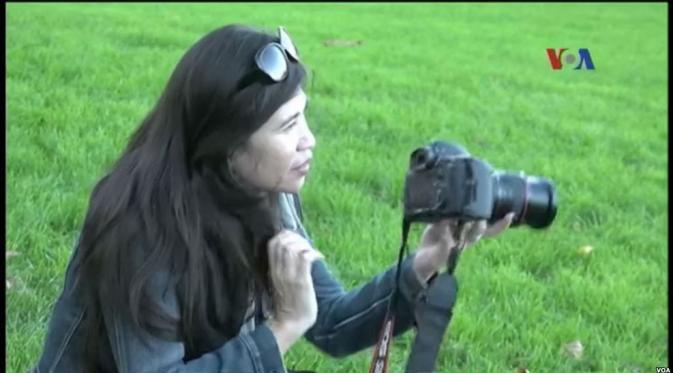 Mariati, WNI yang jadi fotografer anak di San Fransisco, Amerika Serikat. (VOA News)