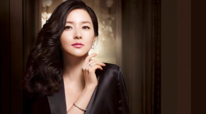 Lee Young Ae (Pinterest)