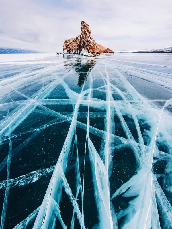 Danau Baikal, Rusia. (hobopeeba/Instagram)