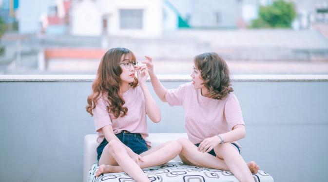Teman sejati sulit dicari, dan sekali ditemukan patut diperjuangkan. (Foto: pexels.com)