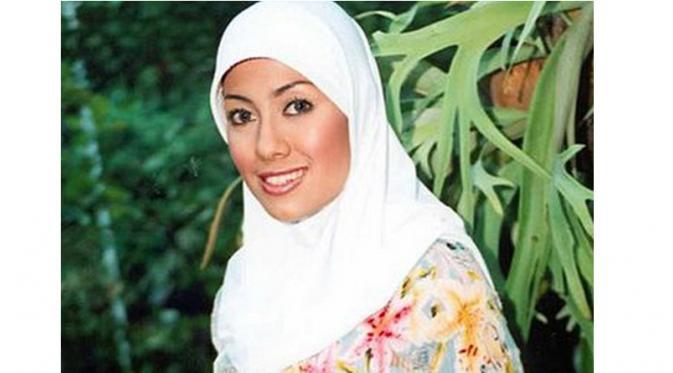 Indra L Bruggman Pacaran Dengan Soraya Abdullah Showbiz Liputan6 Com