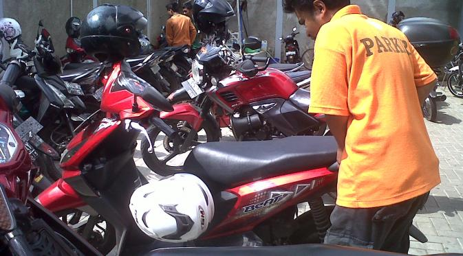 Ketahui 10 Pekerjaan yang Cuma Ada di Indonesia | via: kaskushootthreads.blogspot.com