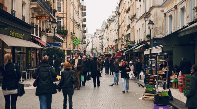 Begini Trik Supaya Kamu Nggak Kecopetan Saat Travelling ke Paris. | via: ricknunn.com